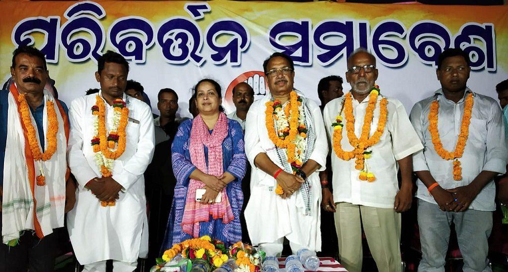 Fierce battle for Bengali dominated Mahakalapada seat