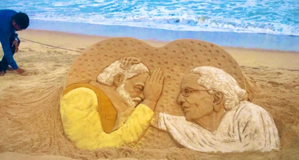 Sudarshan dedicates sand art to PM Modi and his mother