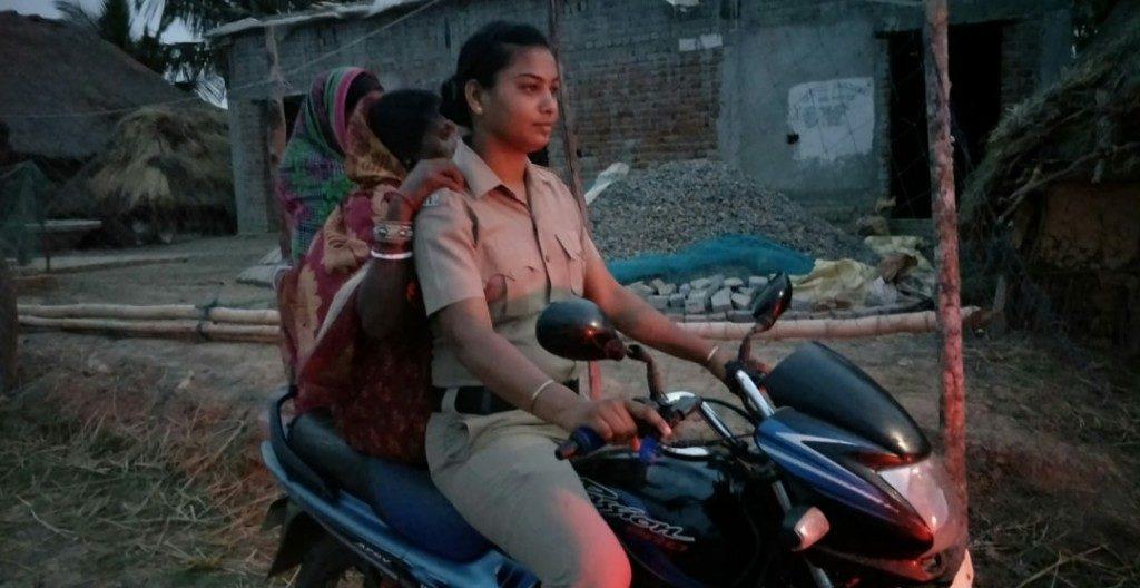 Woman cop evacuates many braving cyclone Fani