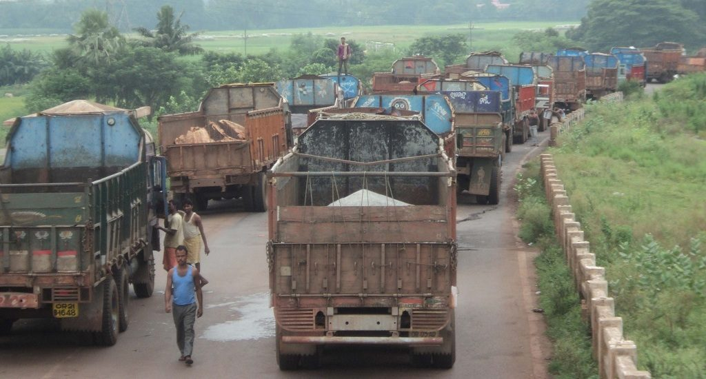 Trucks from Keonjhar bring life to grinding halt in Kendrapara