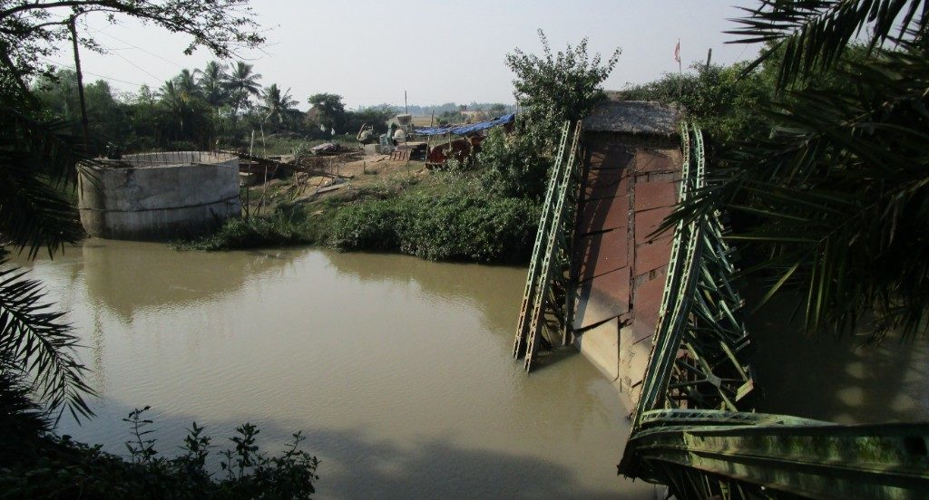 Villagers wait in vain for buckled bridge to be re-constructed