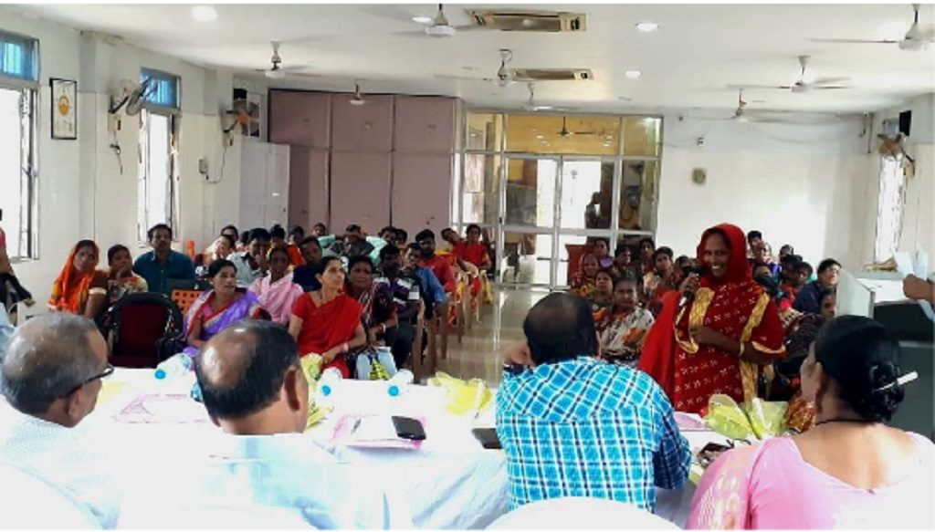 Public hearing reviews challenges of construction workers in Odisha