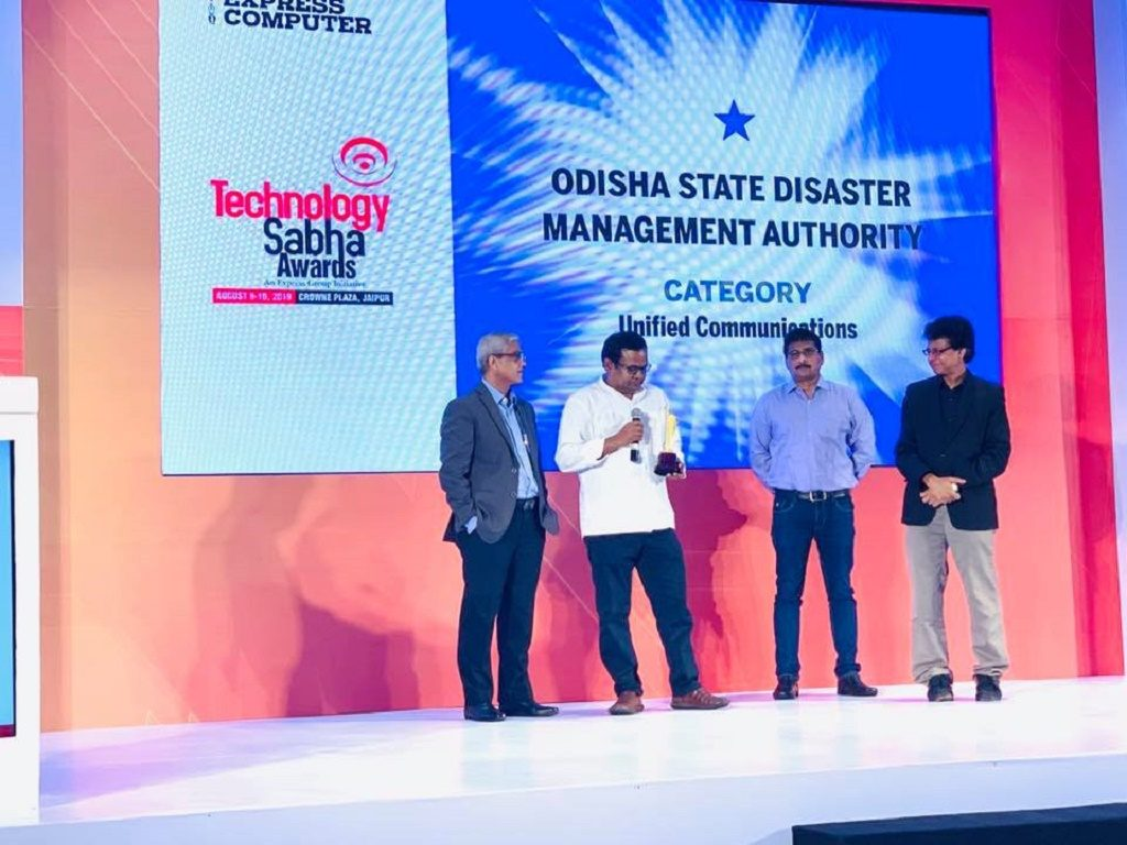 Early Warning Dissemination System gets award