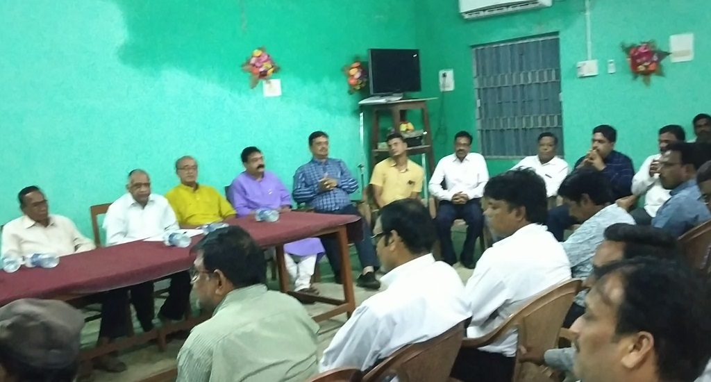 Lawyers intensify stir for a permanent bench of High Court in Bolangir