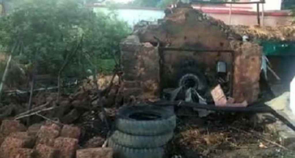 Tehsil clerk burnt alive as his house caught fire