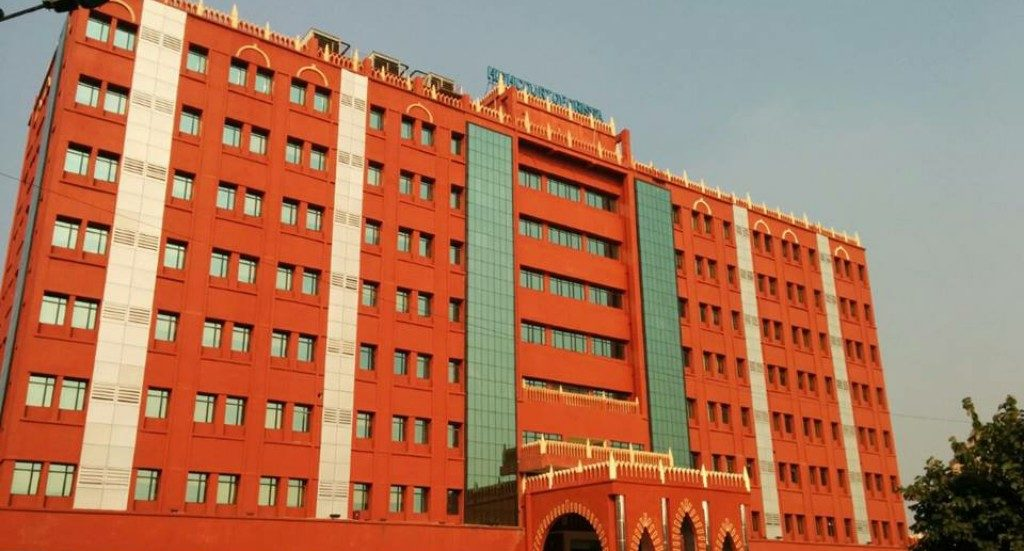 Orissa HC issues dress code advisory for lawyers