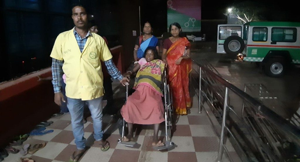 NH 49 traffic in a quandary; pregnant women serious