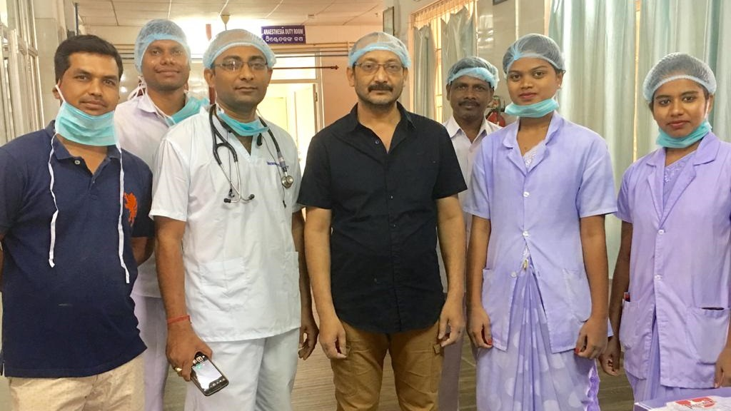 Doctors remove 9 kg tumor in a successful surgery