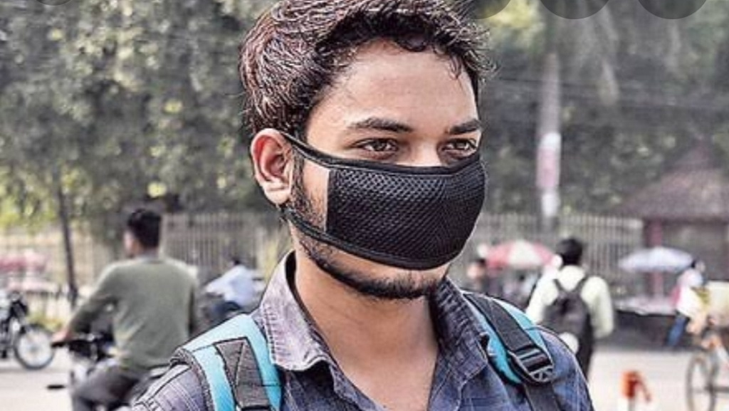 Shops selling masks, sanitizers above MRP to face legal action