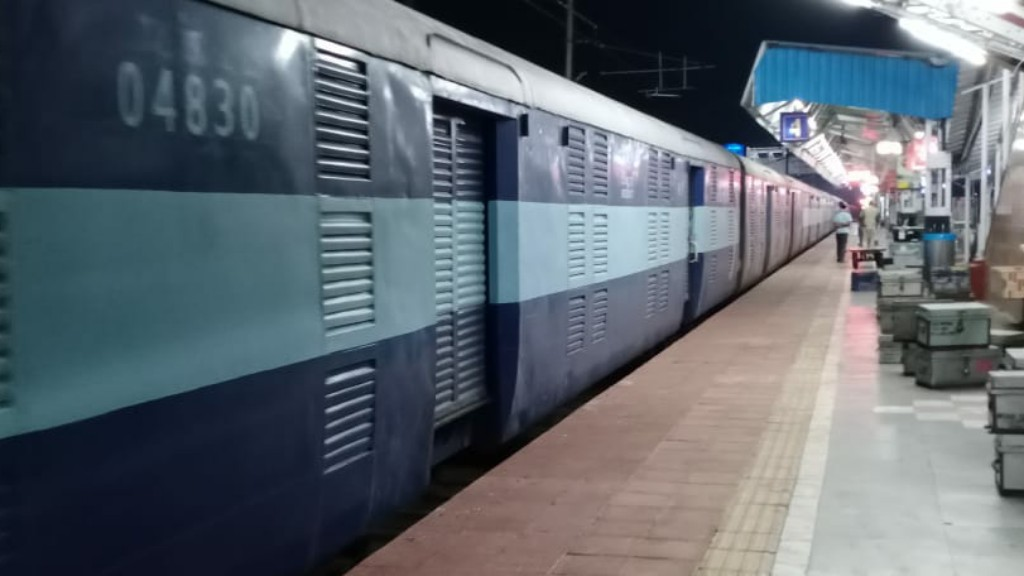 Special train to carry migrants from  Ernakulam to Bhubaneswar