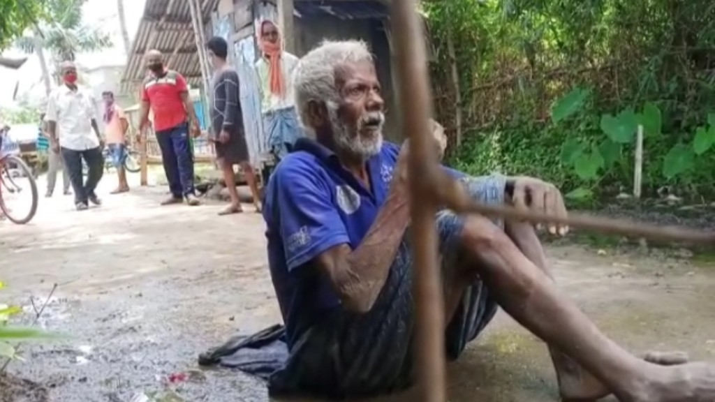 Sons dump 83-year-old into drain before deserting him