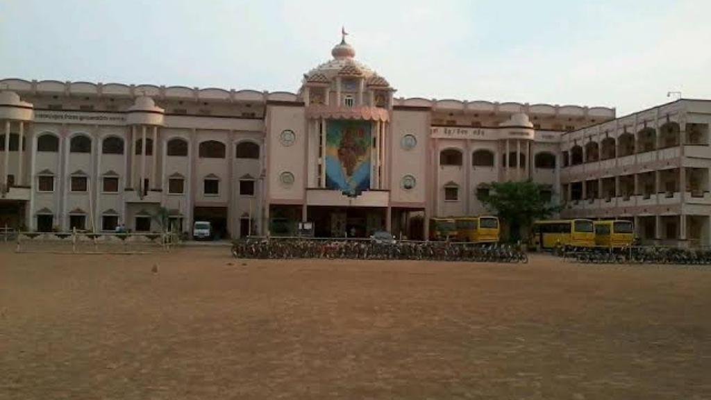Saraswati Vidya Mandir secures cent percent results in Plus II Commerce